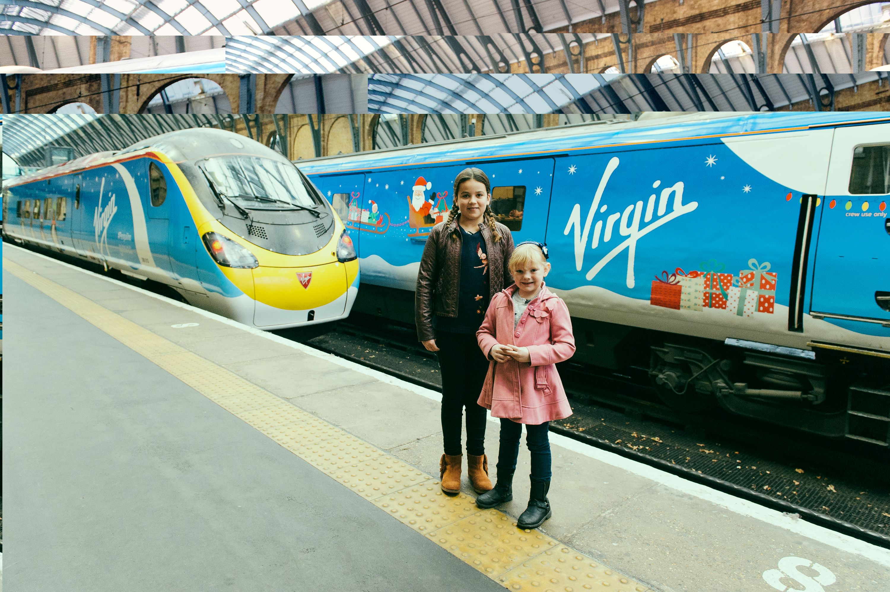 Virgin Trains gets commuters in the festive mood