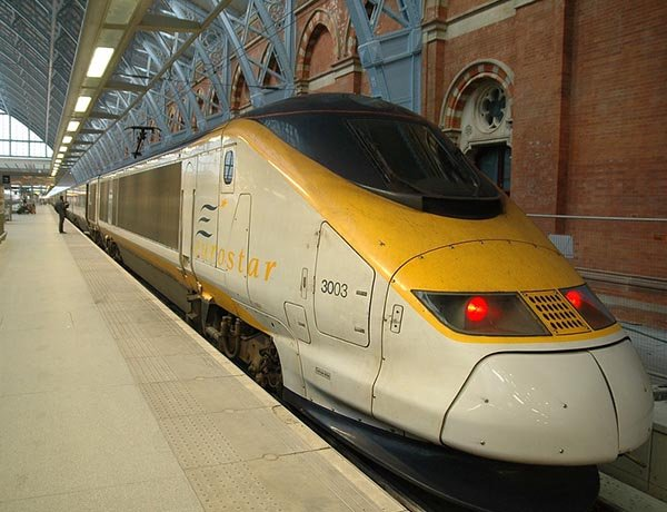 UK business travellers inspire surge in Eurostar ticket sales