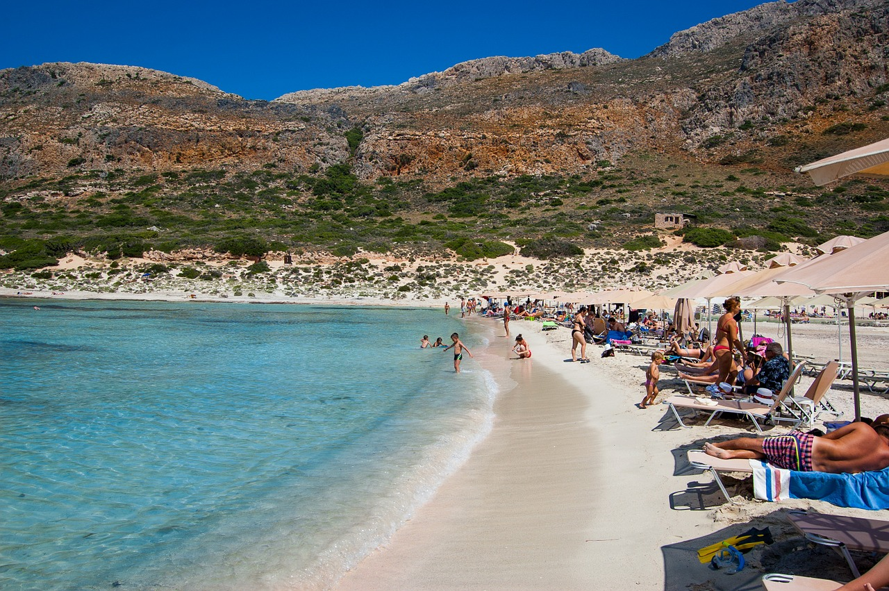 Brits are named Europe's biggest beach bores