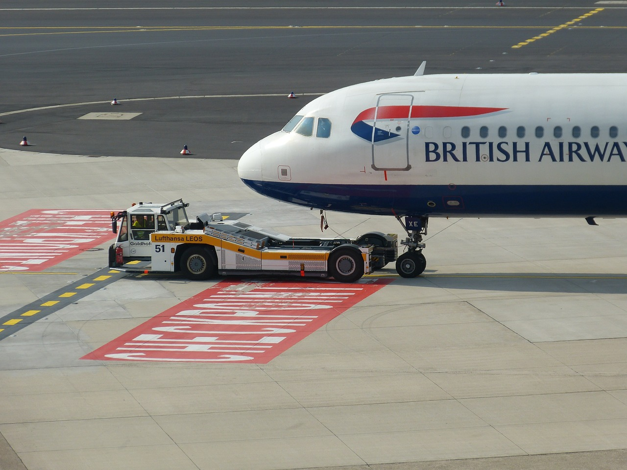 British airports enjoy record numbers of passengers