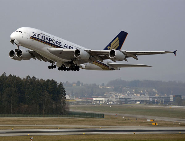 Singapore Airlines named best airline in the world by Conde Nast Traveller readers