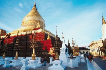 Tourists visiting Burma passes the one million mark.