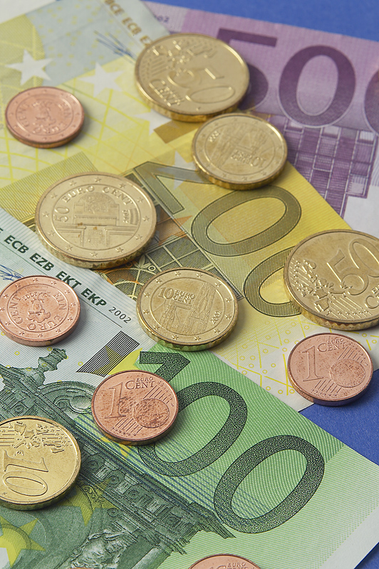 Brits begin buying Euro ahead of their travels