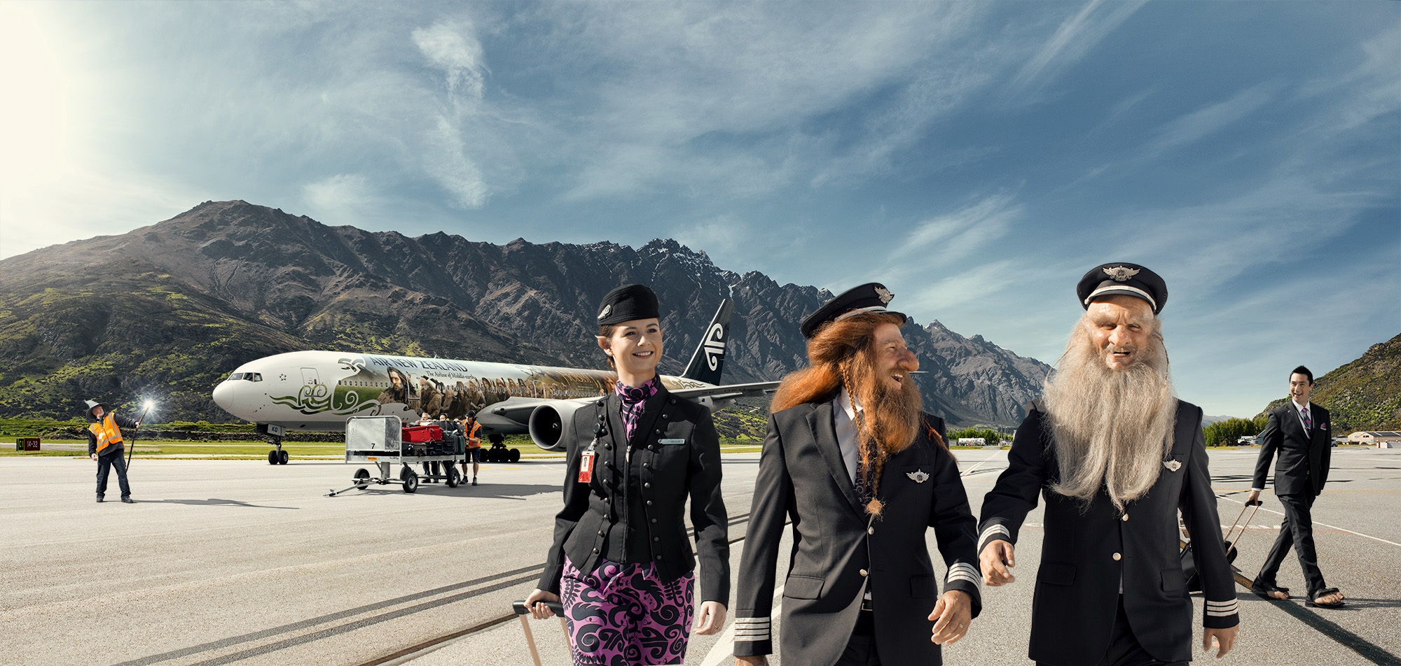 Air New Zealand gives 3 pairs of Hobbit fans chance to see world premiere of the