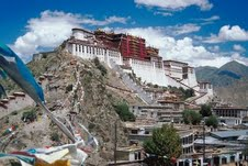 Model villages created in Tibet to boost tourism