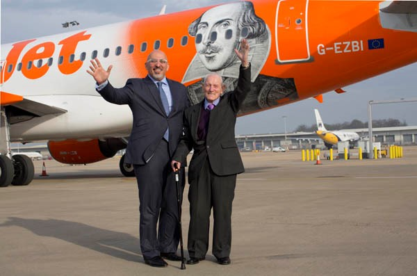 Easyjet joins bid for William Shakespeare day with themed plane and free Shakespeare performances